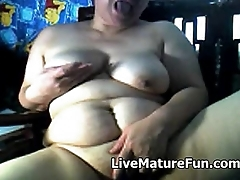Chubby Matured Chinese aloft Cam