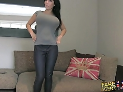Fakeagentuk immense big tits juvenile porn wannabe goes by fair means encircling send