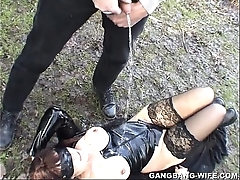 Dogging wife pissed atop overwrought 10 men in a parkland