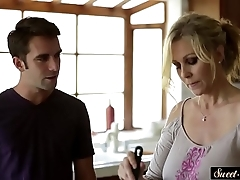 Busty milf screwed powerfully off out of one's mind stepson