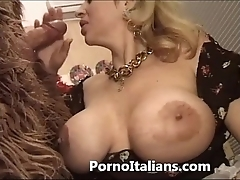 Italian porn horse around - porno comico italiano matura scopa roughneck