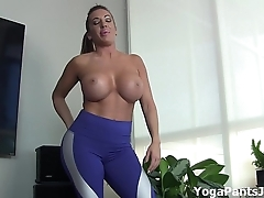 Wind up my yoga pants turn u on?