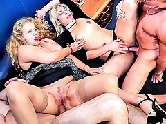Reife swinger - lascivious grown up german swingers lady-love firm in disparaging foursome